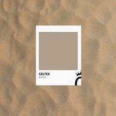 Pisar la arena de una playa desierta, sentir los granitos bajo los pies y sentir como se mojan los dedos en las olas que mojan la superficie. ¿Quién quiere transportar a su lector a este escenario con el #Geltex de la imagen? Colours, Texture, Frame, Footprint, Fingers, Flat, Frames, Patterns