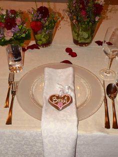 Lebkuchenherz als Tischkarte bei der Hochzeit