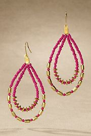 Very Berry Earring - PINK Hot for summer in more ways than one, this flirty double-teardrop earring is handcrafted with a perfect mix of pop-bright pink and glistening golden beads. More than 50% Off Was $24.95;Now: $9.99 http://savewithusdeals.blogspot.com/