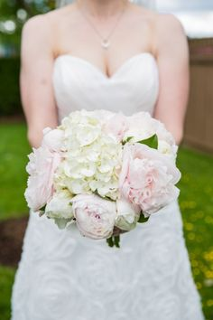 white and pale pink bridal bouquet - photo by Joanna Moss Photography