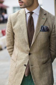 Style personnel. Veste linge de poule de, cravate tussah, et pochette en laine / soie; GK dehors No.3 Clifford Street à Drake & # 8217.
