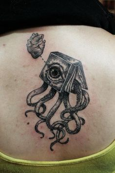 OTTO book octopus eye tattoo