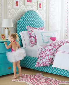 Pink and Aqua Blue Preteen Girls Bedroom at a Glance Dependent on the interest in the dweller, bed has to be furnished. Trundle beds are the best choice for guests. A trundle bed will be really handy when friends choose… Continue Reading → Teen Girl Bedrooms, Little Girl Rooms, Daughters Room, Sister Room, Girl Decor, Upholstered Beds, Headboards For Beds, Dream Rooms, My New Room