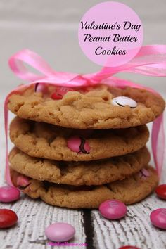valentines day peanut butter cookies with red and pink m&ms