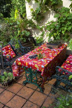 gudrun sj d n fr hling sommer 2014 unsere faszination f r altes handwerk und historische. Black Bedroom Furniture Sets. Home Design Ideas