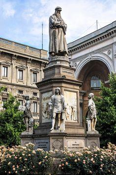 Monument to Leonardo da Vinci by Pietro Magni, 1872 at Piazza della Scala Milan, Italy