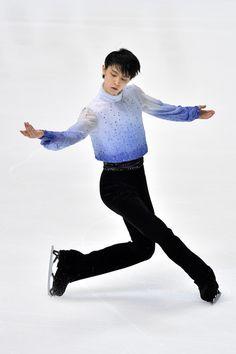 Yuzuru Hanyu Photos: ISU Grand Prix of Figure Skating 2014/2015 NHK Trophy - Day 1
