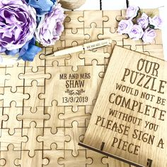 Jigsaw Puzzle Guestbook Set - Casse-tête, stylo et signe Wedding Planning On A Budget, Event Planning Tips, Budget Wedding, Budget Bride, Wedding Souvenirs For Guests, Diy Wedding Favors, Wedding Rings, Wedding Decorations, Party Favors