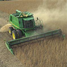 Mecanización de la agricultura intensiva.