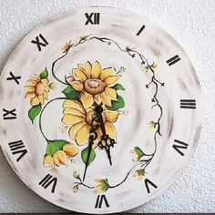 Margarete pentru tine : le surazi #dimineața cand te racoresti, iar #seara le admiri in scanteierea flamei. #vaselut #lampi #ceasuri #vara#lumina #carafe #oglinda Plates, Decoration, Tableware, Kitchen, Vintage, Licence Plates, Decor, Dishes, Dinnerware