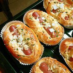 Super fruit pizza no bake kids 32 Ideas Pie Dough Recipe, Roti Recipe, Recipe Pasta, Roti Bread, Bread Bun, Bread Rolls, Pizza Recipes, Bread Recipes, Cooking Recipes