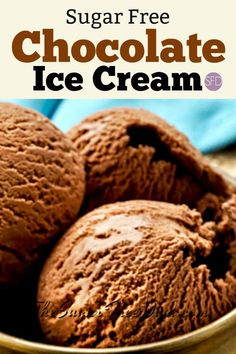 How to Make Homemade Sugar Free Chocolate Ice Cream Homemade Sugar Free Chocolate Ice Cream Ice Cream Desserts, Sugar Free Desserts, Sugar Free Recipes, Frozen Desserts, Ice Cream Recipes, Light Desserts, Frozen Treats, Homemade Chocolate Ice Cream, Sugar Free Chocolate