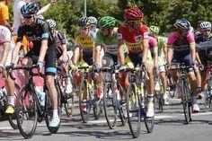 Vuelta a España 2014 - Stage 12: Logroño - Logroño 166.4km - #Vuelta   #Vuelta2014   #LaVuelta   #LaVuelta2014   #VueltaEspana  #VueltaEspana2014   - Chris Froome and Alberto Contador during the opening kilometres of stage 12 of the Vuelta a Espana in Logroño.