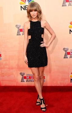 2015 iHeartRadio Music Awards Red Carpet Arrivals - Taylor Swift from #InStyle