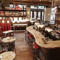 at Ape & Bird is a gastro pub selling Venetian style food, wood fired pizza and a wide selection of drinks in Seven Dials. Bistro Interior, Cafe Interior Design, Interior Exterior, Restaurant Lighting, Cafe Restaurant, Restaurant Design, Modern Restaurant, Brewery Design, Pub Design