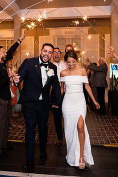 How To Dress For A Wedding, Cheap Wedding Dress, Boho Wedding Dress, Dream Wedding Dresses, Wedding Gowns, Lulus Wedding Dress, Off Shoulder Wedding Dress Simple, Tight Wedding Dresses, Simple Classy Wedding Dress