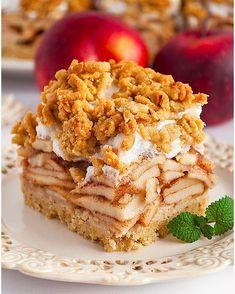 Orzechowa szarlotka tatrzańska - I Love Bake Polish Recipes, Polish Food, Apple Pie, French Toast, Nutella, Sweet Treats, Food And Drink, Sweets, Cooking