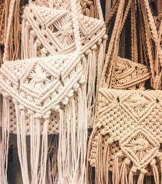 Thinking of making macrame bags : @chulsb in Bali