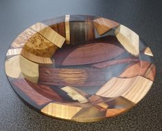 Tips fоr Using Woodturning Lathe Lathe Projects, Wood Turning Projects, Wood Projects, Wood Turned Bowls, Wood Bowls, Resin Crafts, Wood Crafts, Diy Crafts, Carving Board