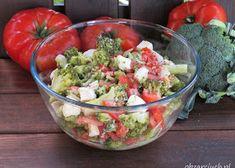 Wiosenna sałatka z brokułem i jajkiem - Obżarciuch Mozzarella, Guacamole, Salads, Mexican, Ethnic Recipes, Food, Essen, Meals, Yemek