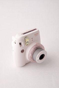 Shop Fujifilm UO Exclusive Instax Mini 9 Clear Lens Instant Camera at Urban Outfitters today. Polaroid Camera Film, Polaroid Instax Mini, Instax Mini 9, Camera Frame, Dslr Camera Bag, Fujifilm Instax Mini, Urban Outfitters, Accessoires Mini, Fotografia