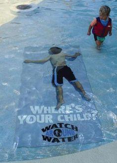 CAMPAÑA DE CONCIENCIACION. Cuidado con los niños en la piscina.