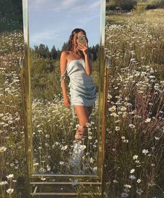 Die heißesten Pic Fashion Kids und Strategien Flower Firlds prettypics Flower F. The hottest pic f Summer Aesthetic, Aesthetic Girl, Aesthetic Clothes, Aesthetic Outfit, Aesthetic Rooms, Aesthetic Fashion, Aesthetic Plants, Aesthetic Vintage, Blonde Aesthetic