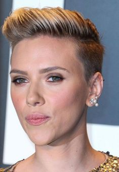 nice Top 25 Strikingly Cool Scarlett Johansson Short Hair -- Star Mind Blowing Hairstyles