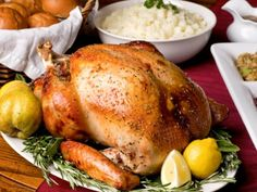 If you're stuck tackling the turkey this year, you better bet the pressure is on you to roast that bird to mouthwatering, juicy perfection. Lucky for you chef Ted Pryor shared with us all his essential #turkey #cookingtips. #Thanksgiving #thanksgivingrecipes #recipe