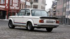 Nos imaginamos que solo un verdadero amante de los autos y #BMW podría darse ese lujo. ¿Eres uno?