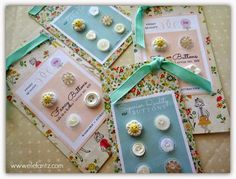How to make buttons cards as gifts using the free templates from Nana Company.