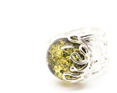 Anillo de ámbar verde, anillo de ámbar báltico, anillo de ámbar, anillo de piedras preciosas verdes, verde joyería, joyería de ámbar, anillo, anillo redondo, Cóctel de moda