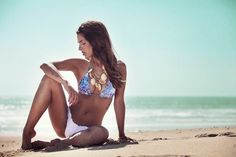 NãoSóRoupa com Biquínis da Praia colar correntes douradas com conchas