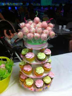 cake pops & cupcake tower