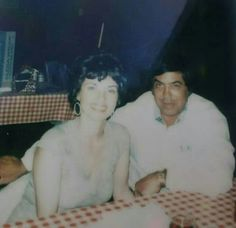 Joey Lombardo with his beautiful wife at Hoagie's Restaurant. Real Gangster, Mafia Gangster, Business Look, Family Business, Chicago Outfit, Mobsters, Al Capone, Beautiful Wife, Thug Life