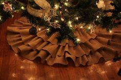 burlap trees | 4hartwells: Make It Monday!!! -No Sew Burlap Tree Skirt