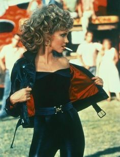 Sandy Grease Outfit Idea olivia newton john in grease my best friend liked good Sandy Grease Outfit. Here is Sandy Grease Outfit Idea for you. Sandy Grease Outfit olivia newton john in grease my best friend liked good. 80s Aesthetic, Aesthetic Vintage, Aesthetic Movies, Iconic Movies, Good Movies, Iconic Characters, Movies From The 90s, Grease Characters, Female Movie Characters