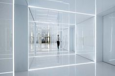 Glass office interior in Shanghai #interiordesign   #officedesign   #morfae   http://www.morfae.com/glass-office-interior-in-shanghai/  An office interior in Shanghai full of glass and reflections by AIM Architecture.
