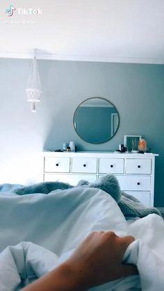 Morning Routine School, Night Routine, Beauty Care Routine, Beauty Routines, Daily Routines, Teen Life Hacks, Cute Bedroom Decor, Shower Routine, Girl Bedroom Designs