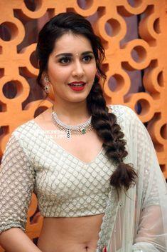 Raashi Khanna at jai lava kusa trailer launch (17)