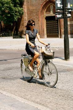 UPDATE In Milan It Is Still About Girls On Bikes « The Sartorialist
