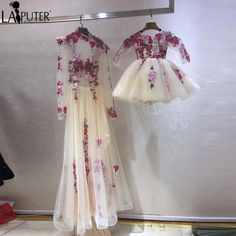 2017 Real Photos Champagne White Tulle Flowers Embroidery Lace Evening Prom Dresses Long Mother and Daughter Party Dress Formal Buy 2017 Real Photos Champagne White Tulle Flowers Embroidered Lace Evening Gowns Mommy Daughter Dresses, Mother Daughter Fashion, Mother Daughter Matching Outfits, Baby Girl Dresses, Baby Dress, The Dress, Flower Girl Dresses, Lace Evening Dresses, Prom Dresses