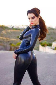 Valis Volkova in latex catsuit Sexy Latex, Spandex, Natural Latex, Latex Catsuit, Latex Fashion, Jeans, Kinky, New Fashion, Supermodels
