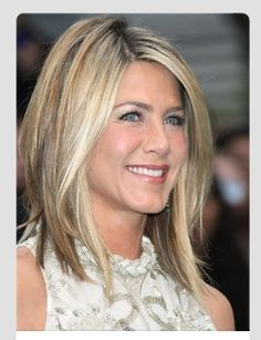 THIS is the hair I want. Cut, color & style. I love it!!