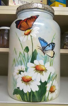 Painted Milk Cans, Painted Glass Bottles, Glass Painting Designs, Paint Designs, Art Projects, Projects To Try, Watering Cans, Bottle Painting, Kettles