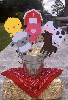 like the bandanas Farm Animal Party, Farm Animal Birthday, Barnyard Party, Farm Birthday, Farm Party Games, Tractor Birthday, Mcdonalds Birthday Party, Cow Birthday Parties, Birthday Party Centerpieces