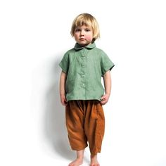 We launch our new collection on Wednesday at 10 am PST so looking forward to it ☺️ #somuchediting #linenkidswear #momswithcameras Louie is wearing our short sleeve work shirt in eucalyptus and bobby trousers in rust