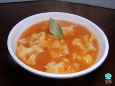Aprenda a preparar sopa de couve-flor com queijo com esta excelente e fácil receita. Quando se começa a sentir o friozinho só dá vontade de comer comidas...