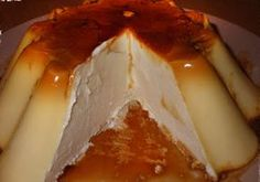 Crème Caramel au Mascarpone avec Thermomix – Plat et Recette Cream caramel with mascarpone with Thermomix, recipe for a delicious creamy caramel cream, easy and simple to make for a delicious dessert. Köstliche Desserts, Delicious Desserts, Dessert Recipes, Plated Desserts, Cake Ingredients, Fish Recipes, Whole Food Recipes, Fondant Au Caramel, Puddings