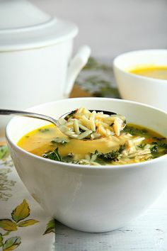 This delicious Lemon Chicken Orzo Soup recipe is the perfect alternative to the traditional chicken soup. Packed with chicken, orzo, and kale, and a twist of lemon, this fast, easy and healthy soup (30 min) will warm your soul on a chilly day!